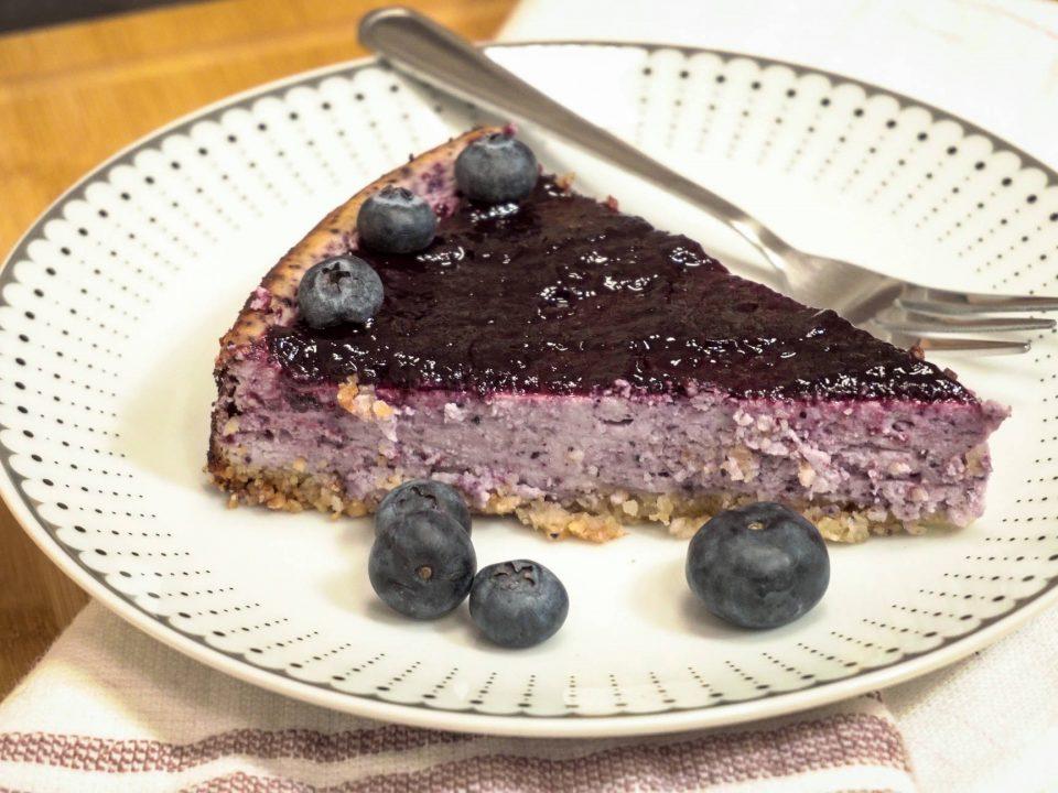 Bielkovinový cheesecake s ovocnými vločkami recept