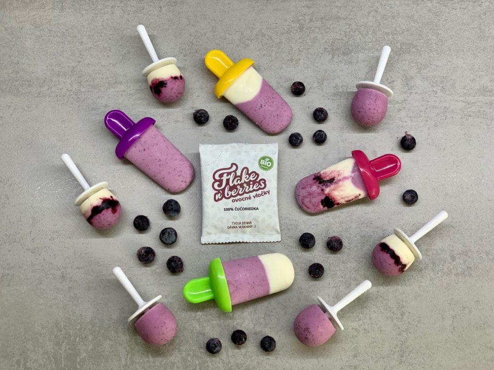 Čučoriedkové nanuky s ovocnými vločkami Flake'n'berries bez cukru