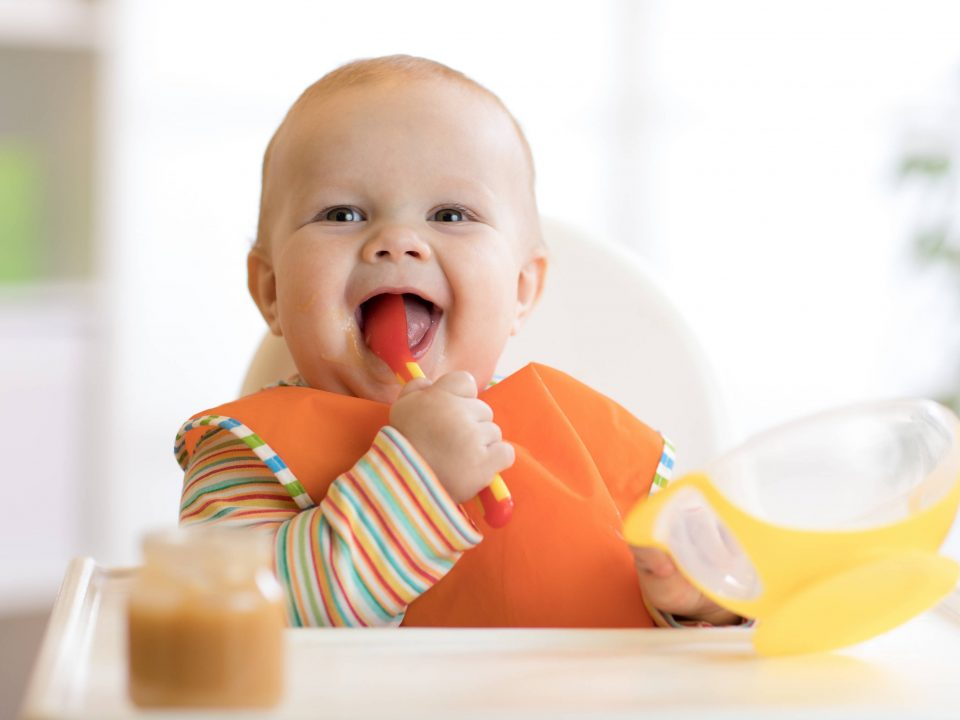 Ako si vybrať v začiatkoch prvých príkrmov správnu detskú výživu